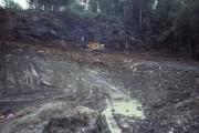 De la boue, et des roches